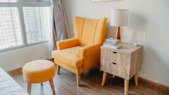 Pros and Cons of Renting Apartment Furniture